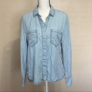 Anthro Cloth & Stone Blue Chambray Button Down Top